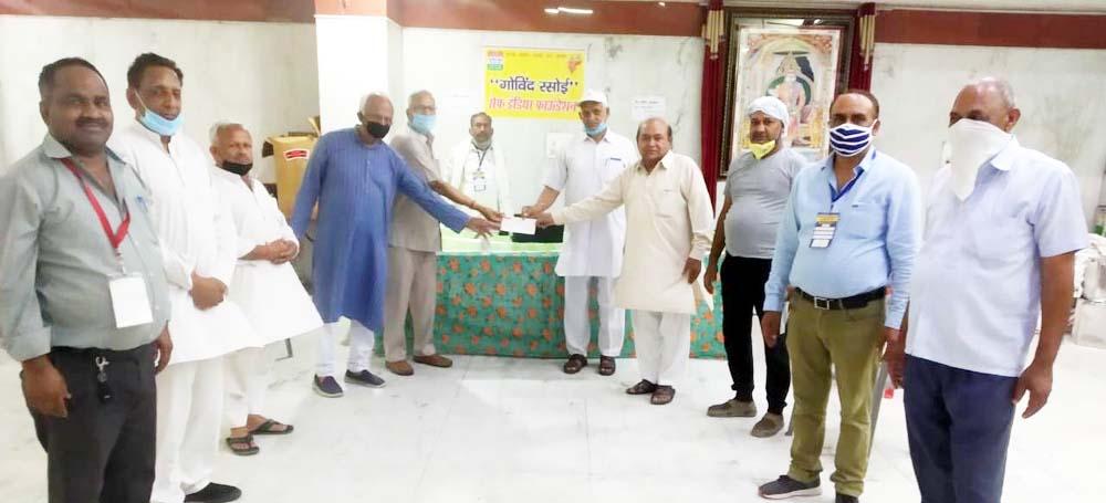 गोविंद रसोई में एनैपवेए ने दिया 62300 रुपये का सहयोग