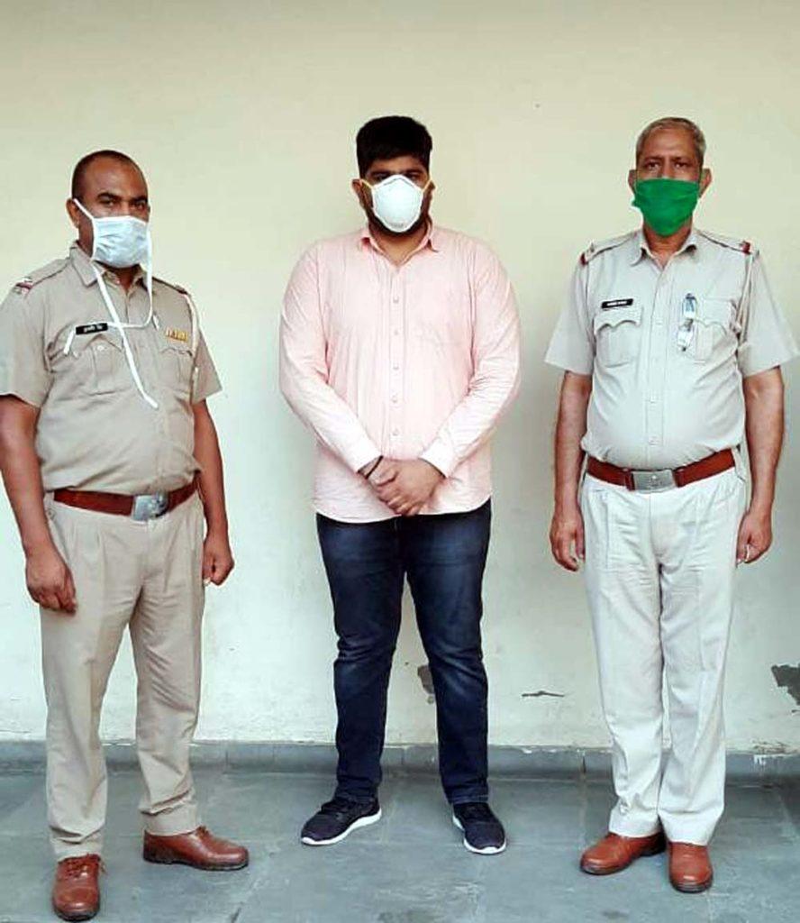 25 हजार का ईनामी एवं मोस्ट वांटेड बदमाश गिरफ्तार
