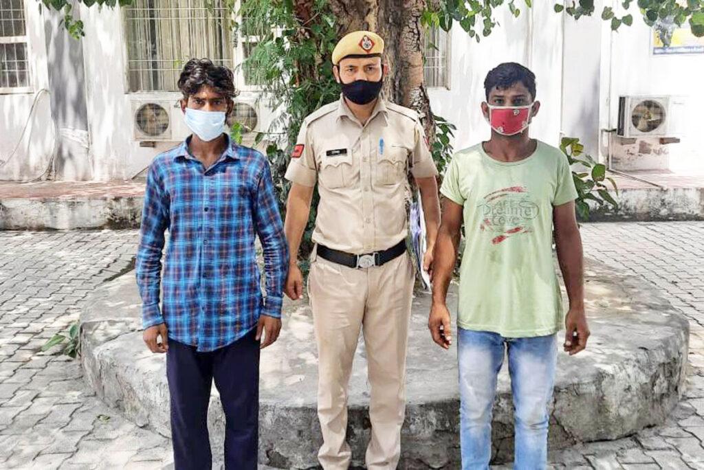 वाहनों की बैट्री चोरी करने की घटना में शामिल दो गिरफ्तार