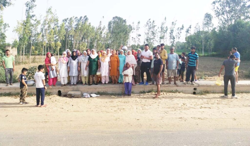 लाखों रूपये खर्च बिना सरपंच बने ही गावों में विकास कार्य की लगा दी झड़ी